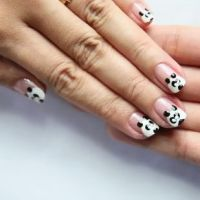 The Japanese love Pandas and it's expressed even on their Nails!!